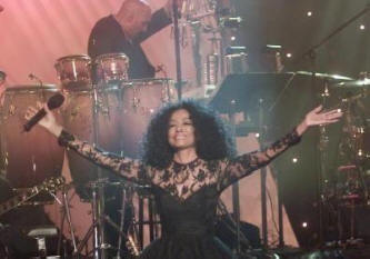 Diana Ross - Tsunami Benefit - 1/2005